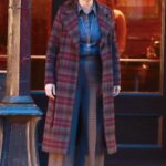 Jennifer Garner in a Plaid Coat Was Seen Out in Vancouver 02/24/2021