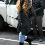 Sarah Jessica Parker in a Black Puffer Coat Arrives to Her Store in New York 03/19/2021