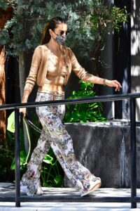 Alessandra Ambrosio in a Tan Cardigan