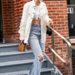 Gigi Hadid in a White Shirt Was Seen Out in New York City 04/10/2021