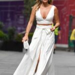 Amanda Holden in a White Ensemble Arrives at the Global Studios in London 06/10/2021