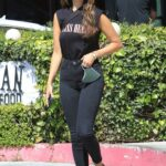 Eiza Gonzalez in a Blue Cap Stops for Lunch at a Daycare Center in Los Angeles 06/25/2021