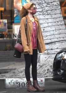 Sarah Hyland in a Tan Jacket