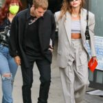 Hailey Bieber in a Grey Suit Was Seen Out with Justin Bieber in Beverly Hills 08/25/2021