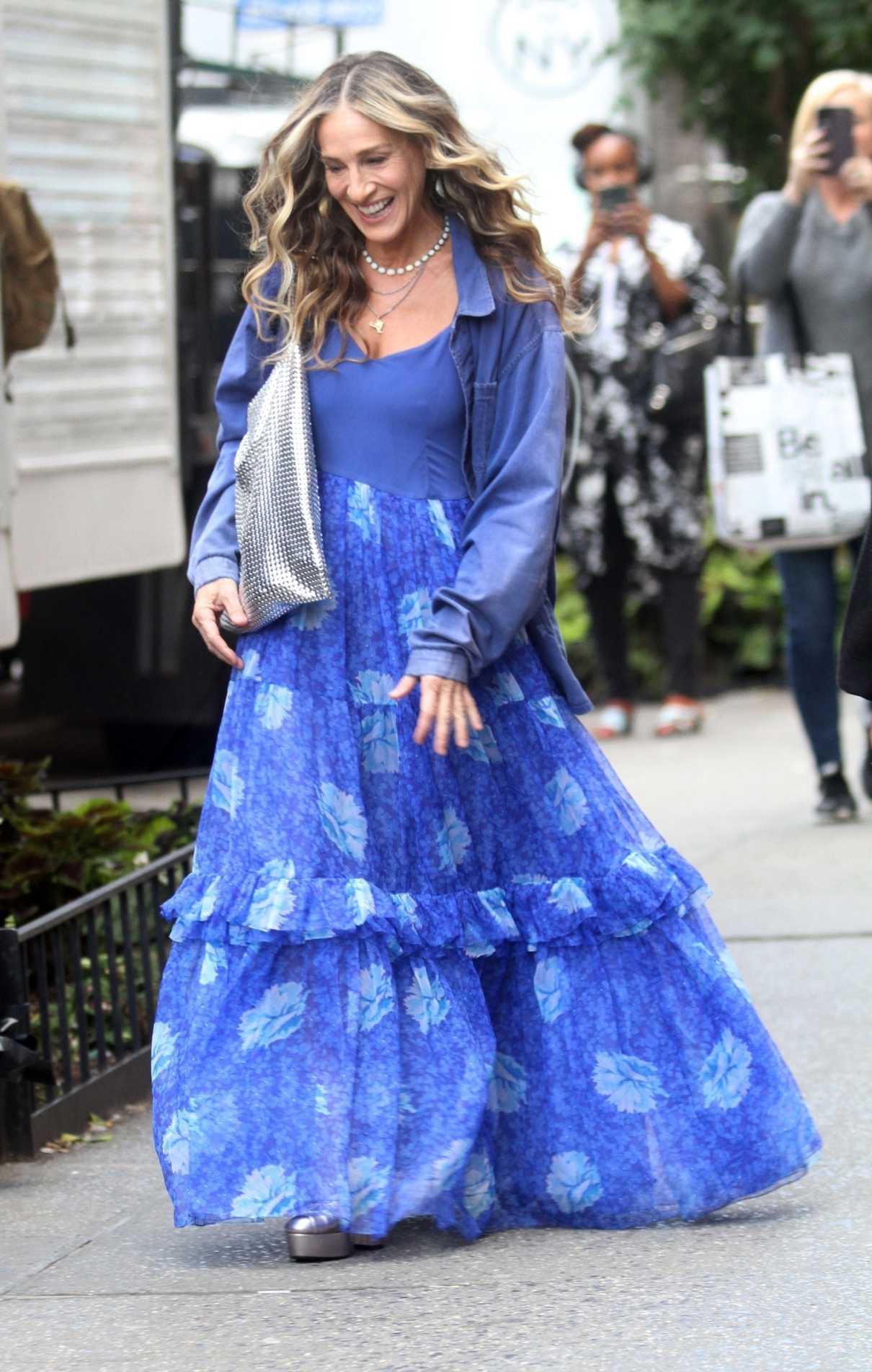 Sarah Jessica Parker in a Blue Dress